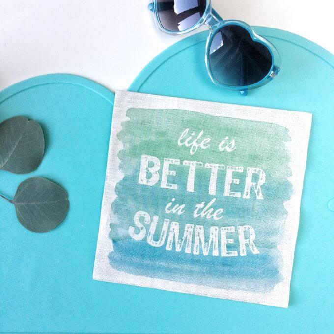 Фото 1 - Салфетки бумажные life is BETTER in the SUMMER.