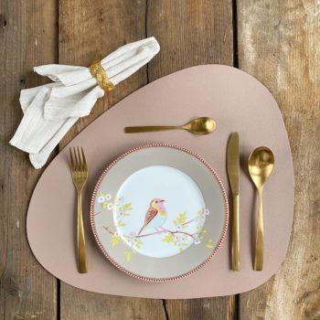 Фото 1 - Нюдовая кожаная салфетка для стола.