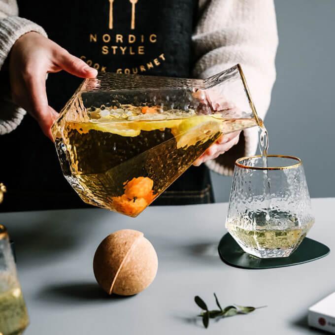 Фото 3 - Штоф и бокалы Scotch.