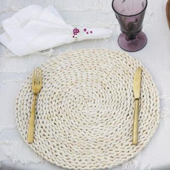 Фото 2 - Плетеная салфетка под приборы.