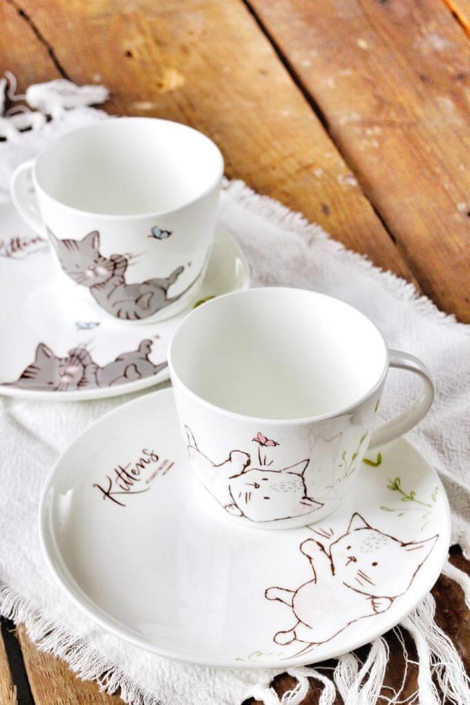 Фото 1 - Посуда из костяного фарфора Kittens.