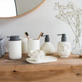 Фото 3 - Серия предметов для ванной Creme.