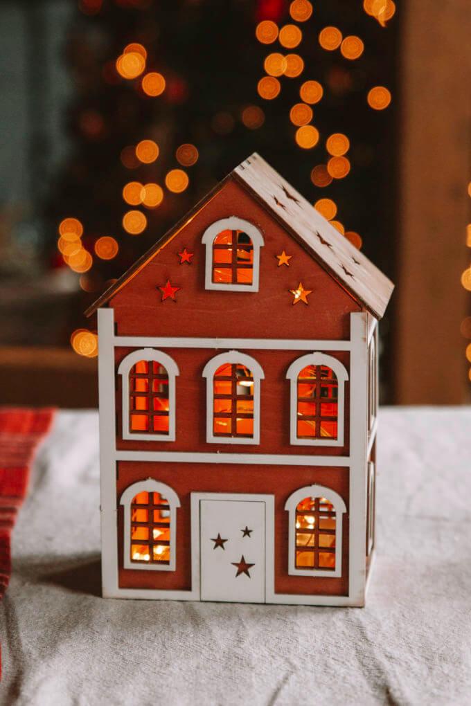 Фото 2 - Английские домики Красные.