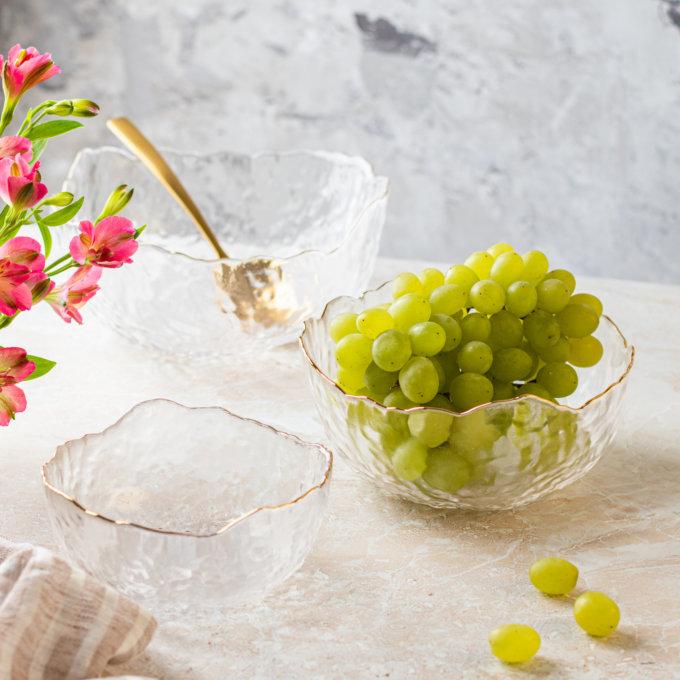 Фото 1 - Прозрачные салатники с золотым краем.