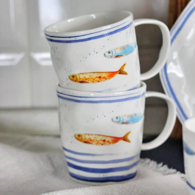 Фото 1 - Кружка с рыбами.