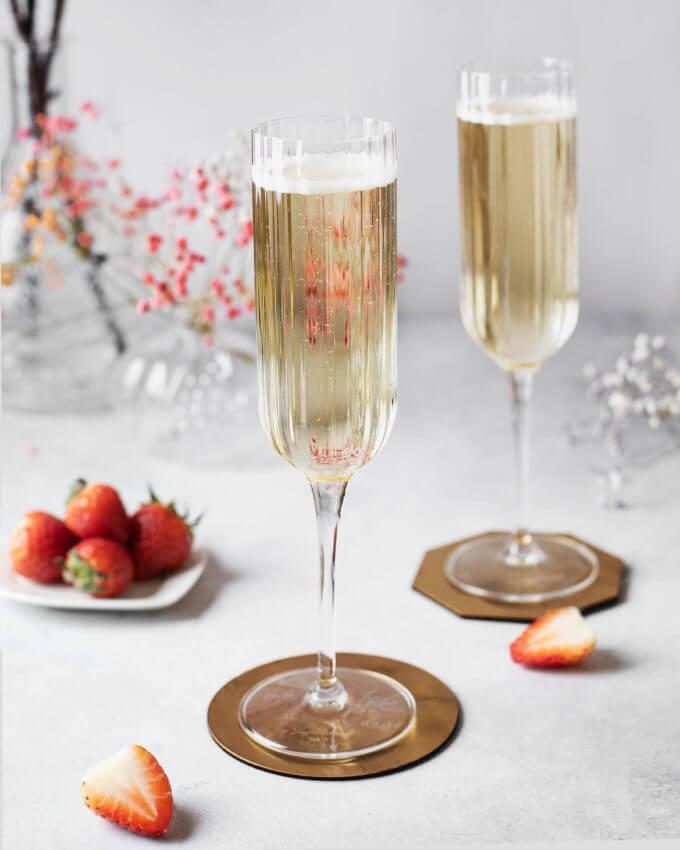 Фото 2 - Бокалы для шампанского из хрустального стекла (2шт).