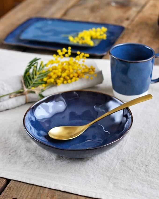 """Фото 1 - Глубокая синяя """"мятая"""" тарелка."""