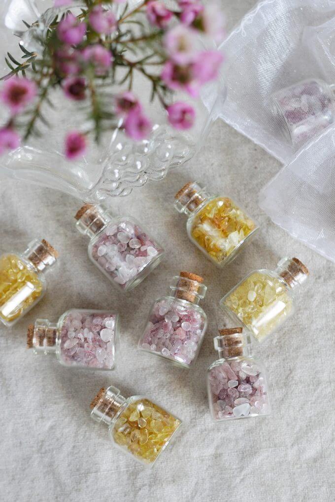 Фото 1 - Мини бутылочки с минералами.