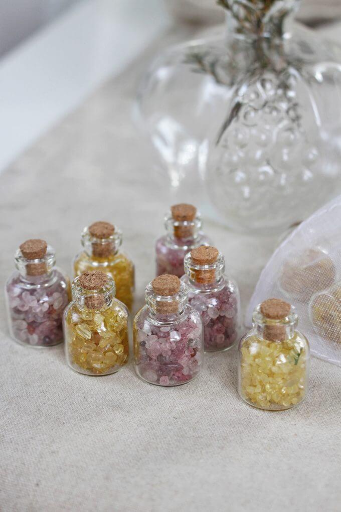 Фото 2 - Мини бутылочки с минералами.
