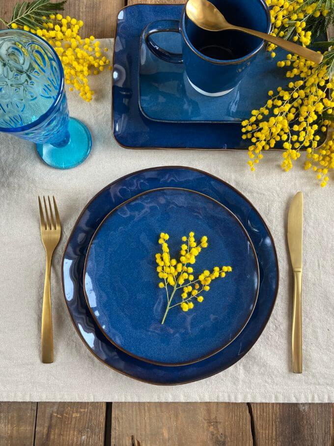 """Фото 1 - Плоские синие """"мятые"""" тарелки."""