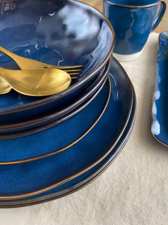 """Фото 3 - Глубокая синяя """"мятая"""" тарелка."""