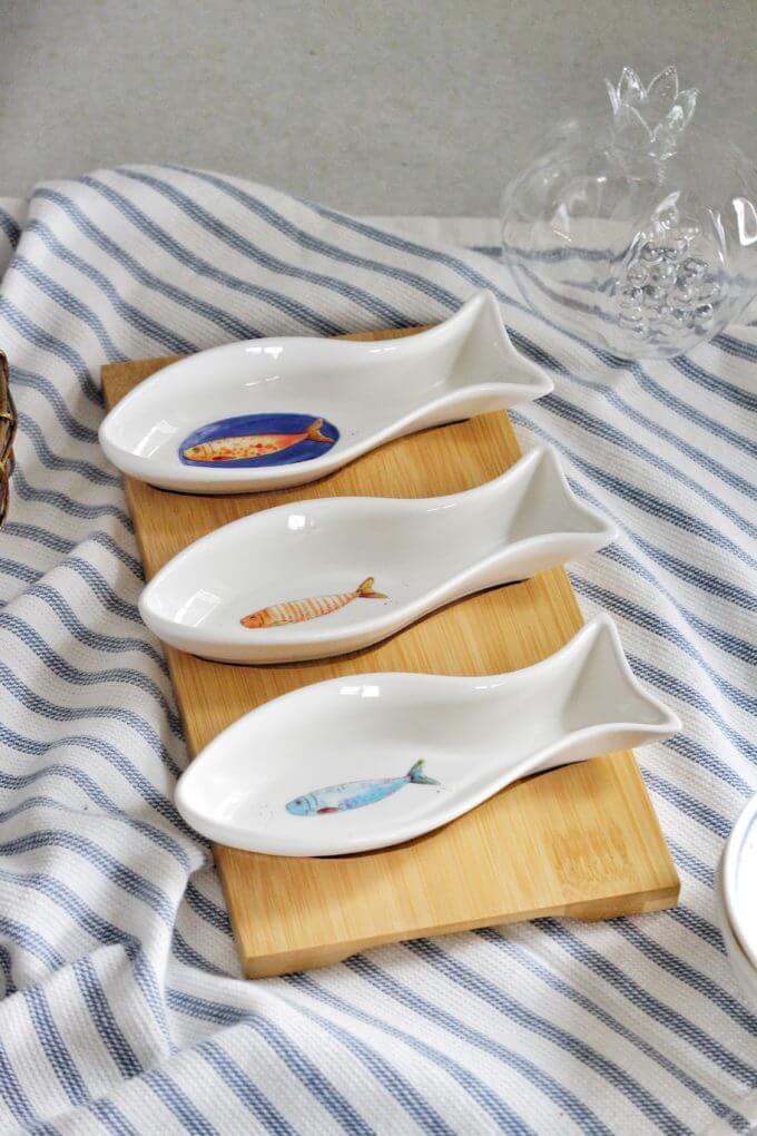 Фото 1 - Доска для закусок с рыбами.