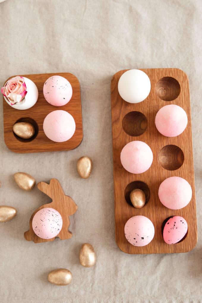 Фото 1 - Деревянная подставка для яиц.