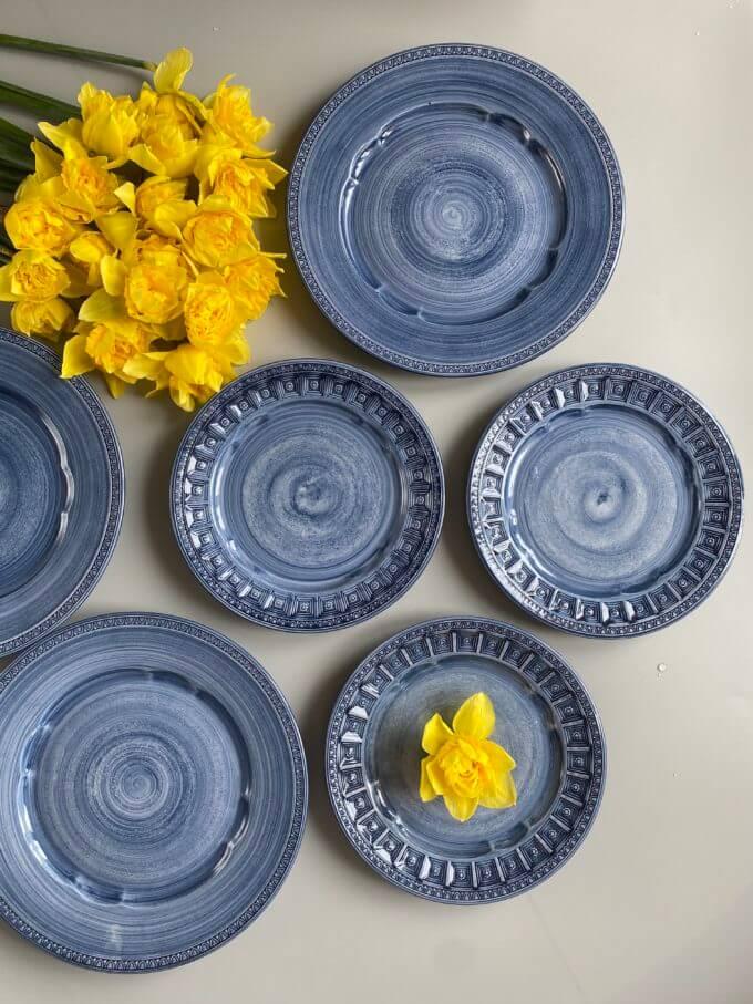 Фото 1 - Плоские синие тарелки Augusta.