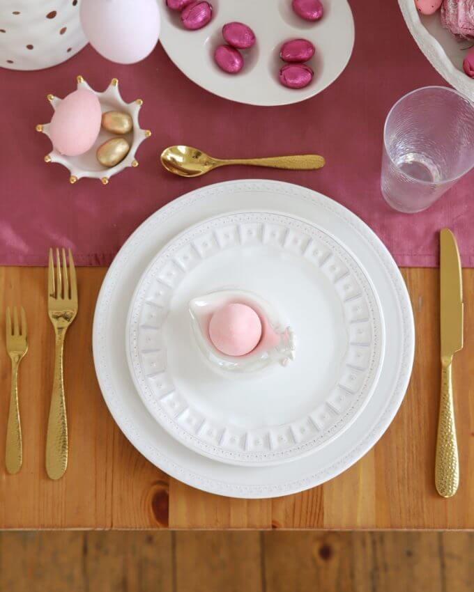 Фото 2 - Плоские белые тарелки Augusta.