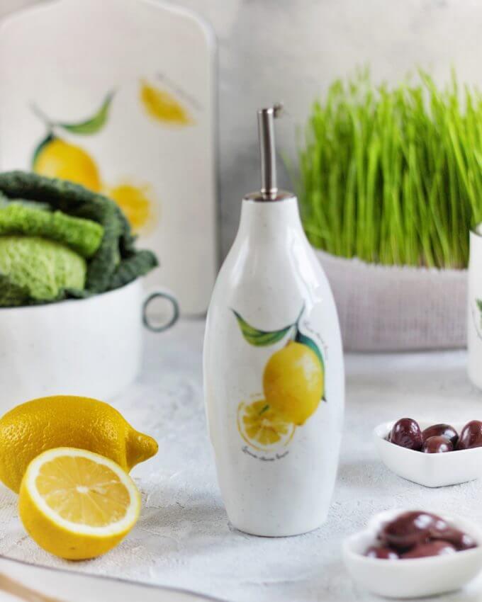 Фото 1 - Бутылка для масла или уксуса с лимонами.