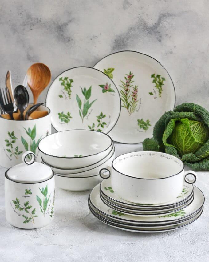 Фото 4 - Плоские тарелки с травами.