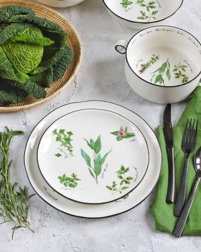 Фото 2 - Плоские тарелки с травами.