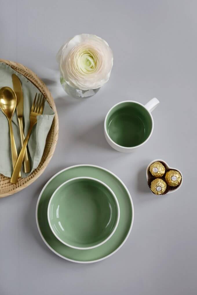 Фото 4 - Набор посуды в зеленом оттенке.