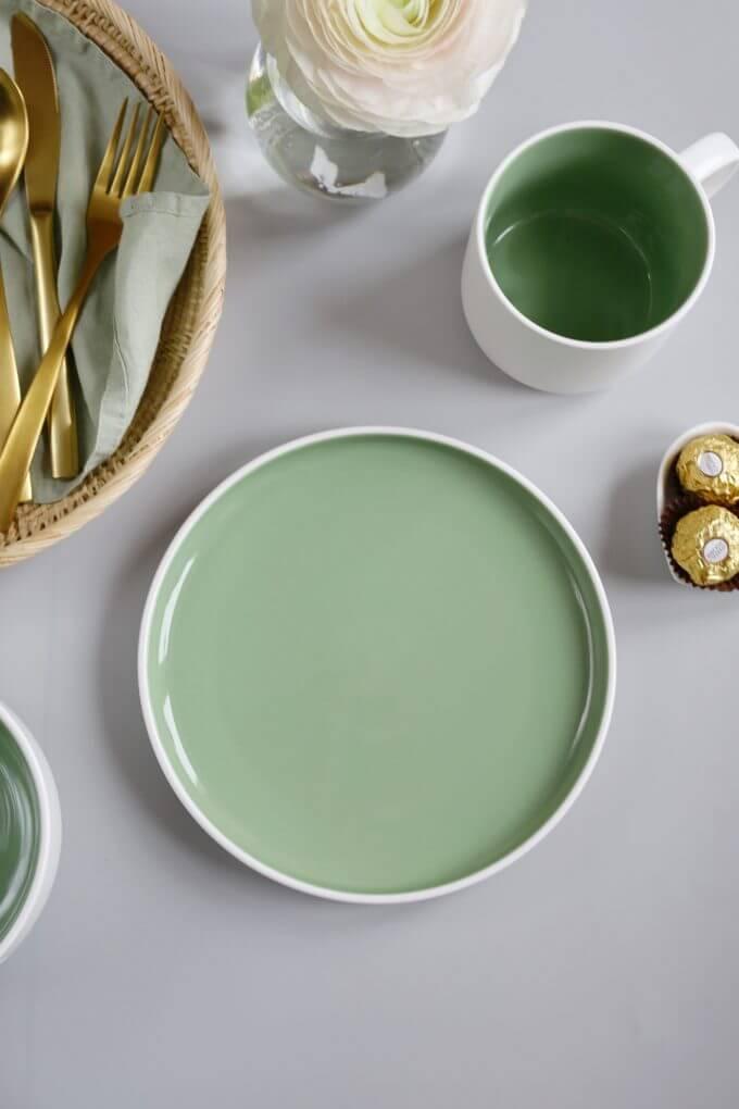 Фото 3 - Набор посуды в зеленом оттенке.