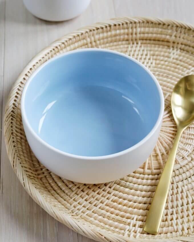 Фото 3 - Набор посуды в голубом оттенке.