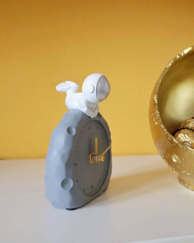 Фото 2 - Часы Cosmonaut.