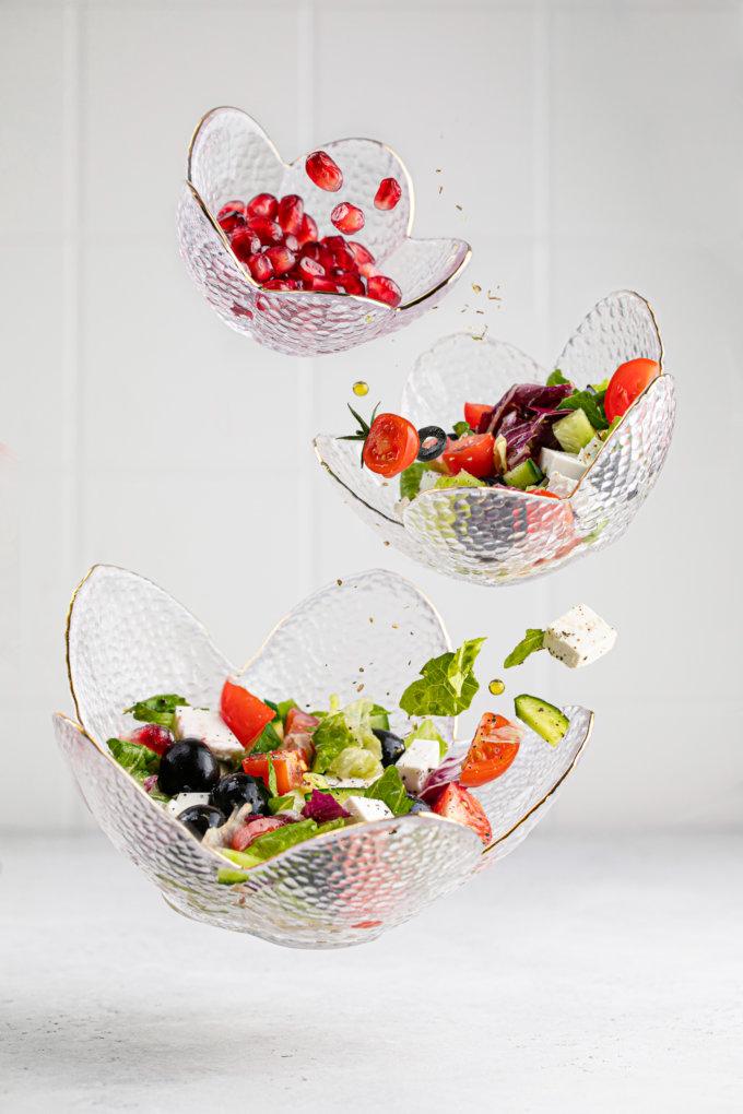 Фото 1 - Вазы-салатники в форме цветка из прозрачного стекла.