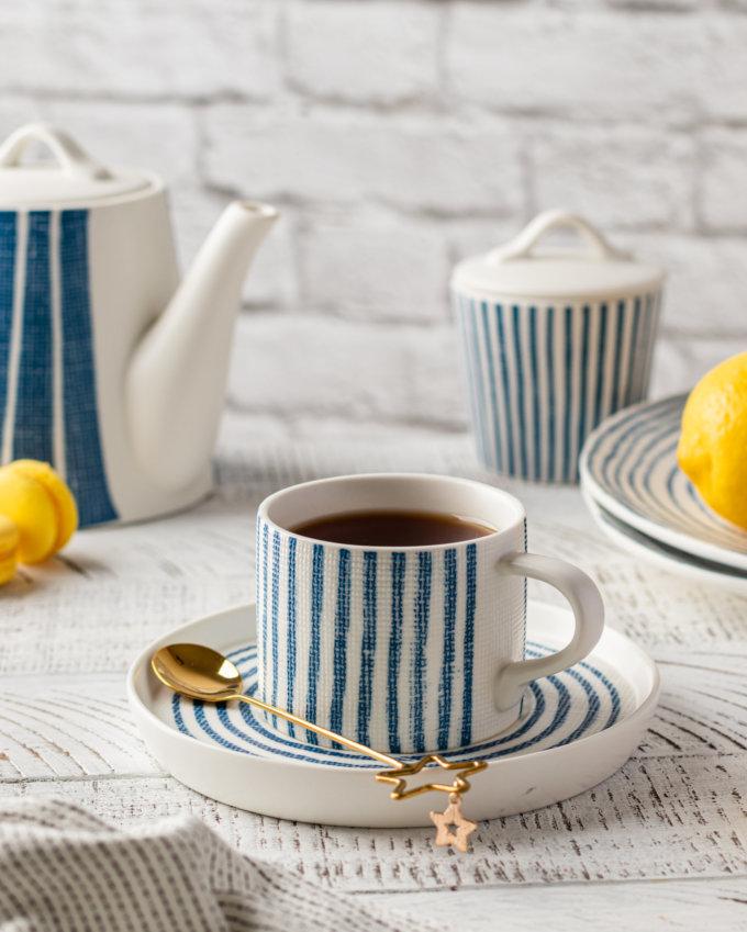 Фото 1 - Чайная пара в сине-белую полоску.