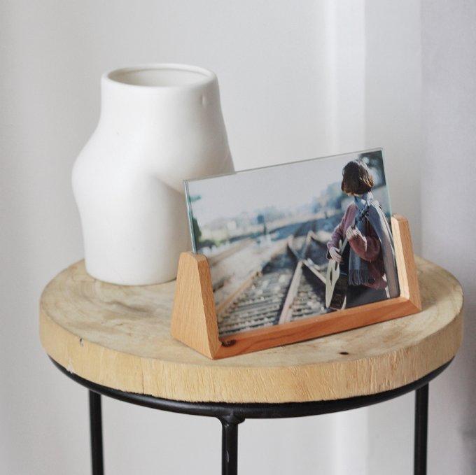 Фото 1 - Фоторамка на деревянном основании.